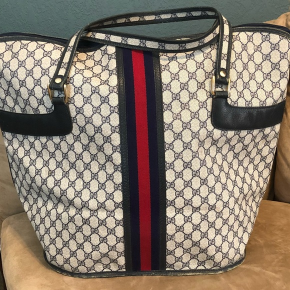 7a30bff75d2 Gucci Handbags - 🌸💼VINTAGE GUCCI BOSTON LUGGAGE WEEKENDER BAG